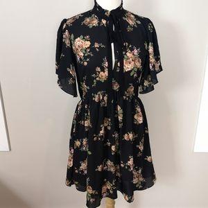 Zara Women Floral Dress size Small